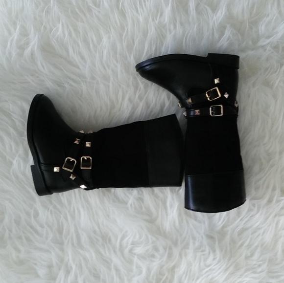 Infant Girl Size 5 Boots   Poshmark